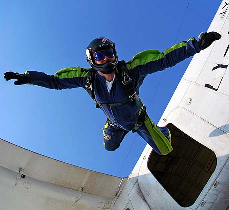dsc_3008-skydive.jpg